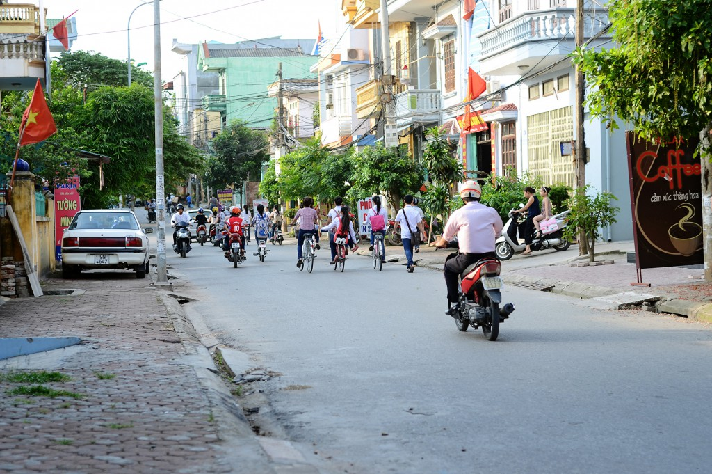 vietnam-cast1-003