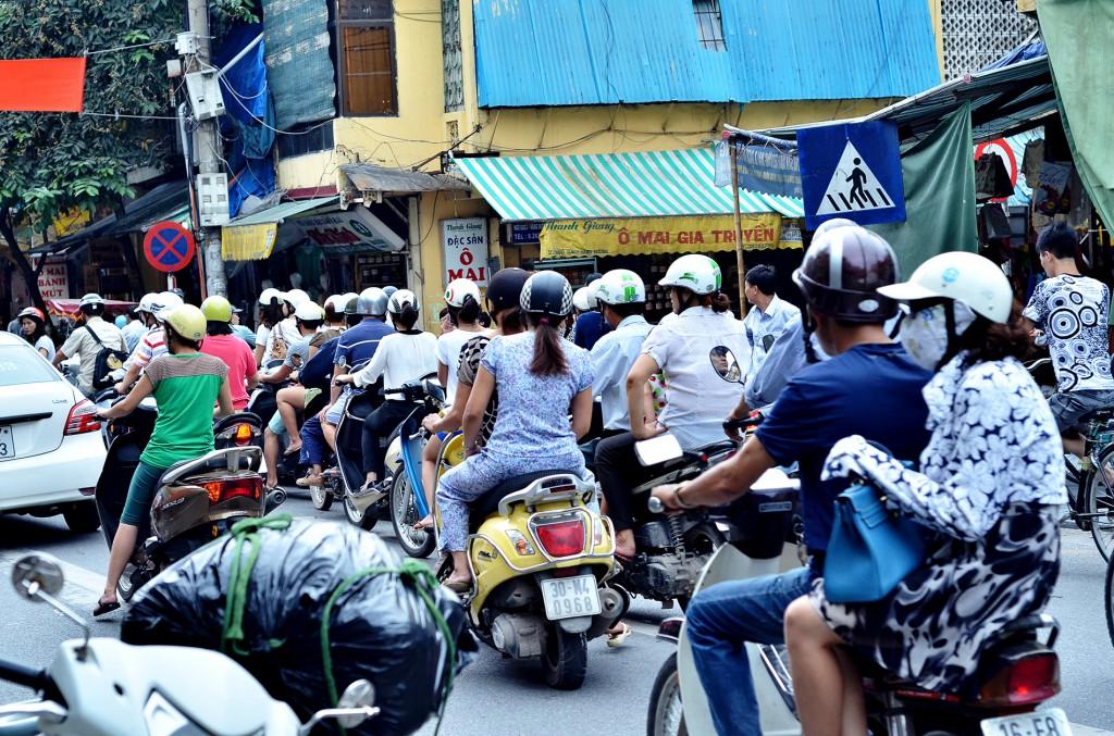 vietnam-cast2-001