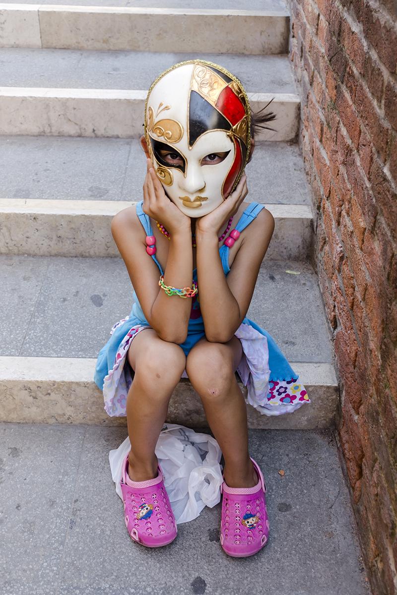 Benátky - Strašidelný portrét v masce